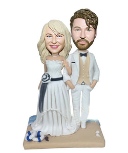 Custom Wedding Cake Toppers Bobbleheads As Wedding Gifts For Beach Lovers - Abobblehead.com
