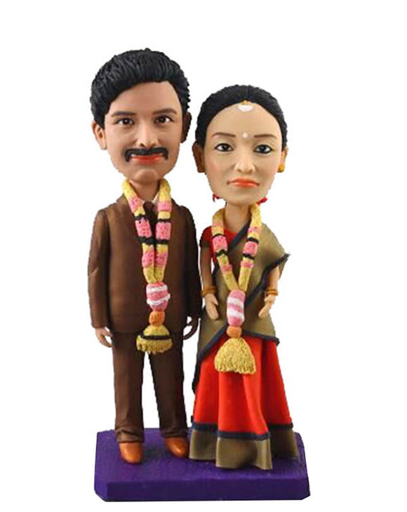 Custom Sari Bobblehead Wedding Toppers, Personalized Couple Bobbleheads India - Abobblehead.com