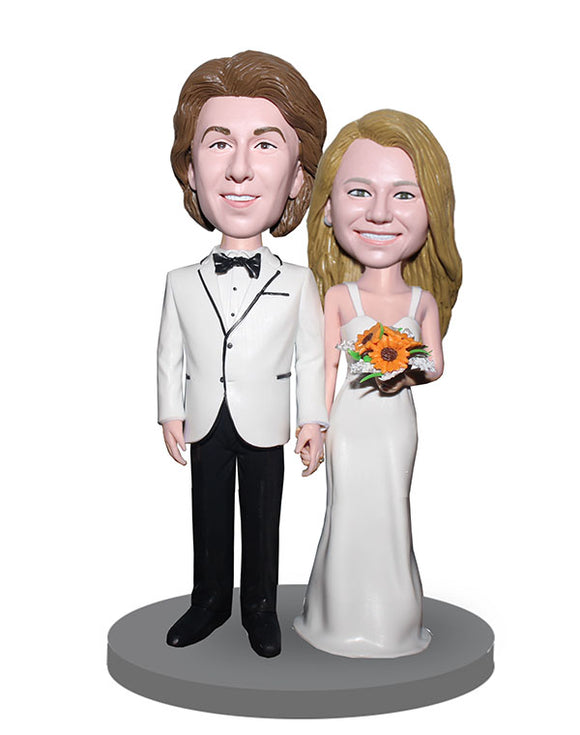 Custom Wedding Cake Toppper Bobblehead, Bride and Groom Bobbleheads - Abobblehead.com