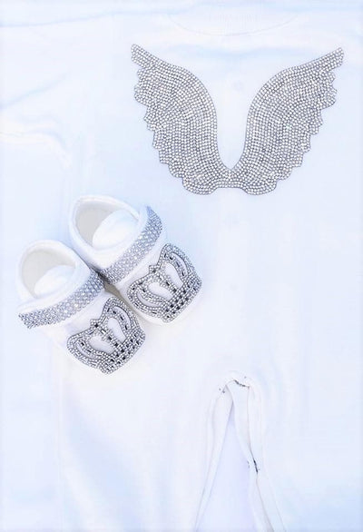 White Angel Wings outfit