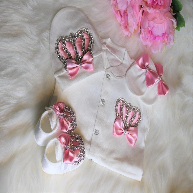 Baby pink crown outfit