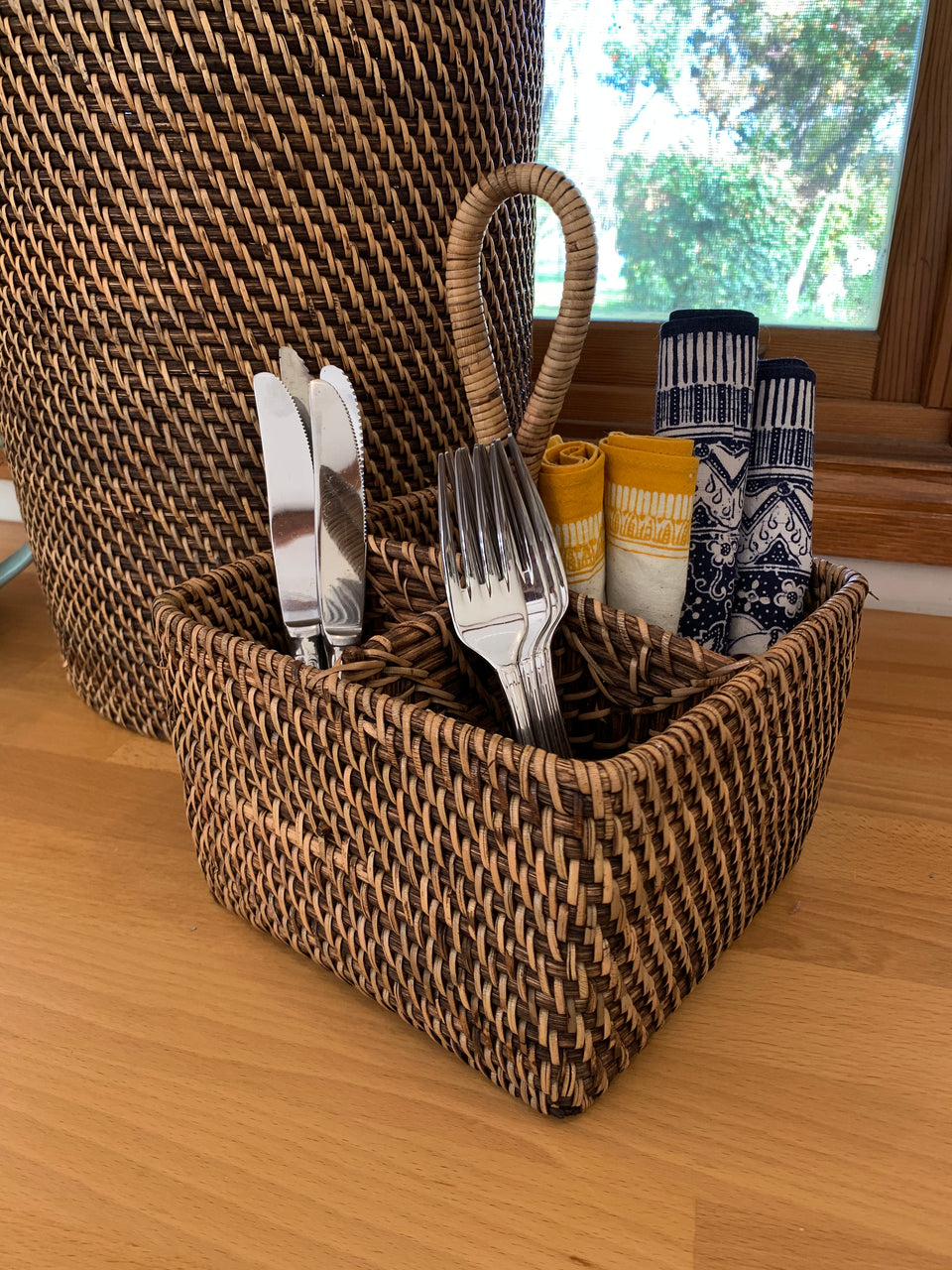 Cutlery Caddy - Antiqued Rattan