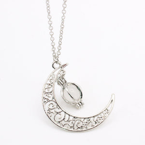 2019 Fashion Glow In the dark Necklace Moon shape Hollow with ball Luminous
