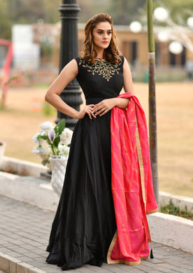 Trendsetting Black Silky Silk Heavy Hand Work & Lining Hand Woven With Cocktail Long Anarakli Suit