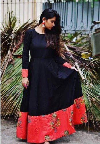 Superior Perfervid Black & Red Pure Cotton Printed Work With Charming Western Tunics
