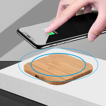 Load image into Gallery viewer, Game Changing Idea Qi Wireless Wood Charger