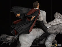 Load image into Gallery viewer, [Pre-Order] Harry Potter - Harry & Buckbeak Deluxe 1:10 Scale Statue