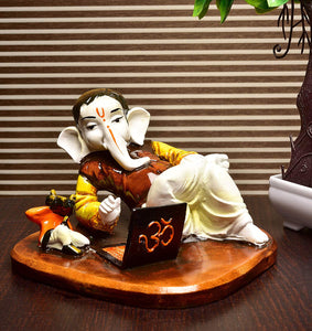 Creative Laptop Ganesha Idol