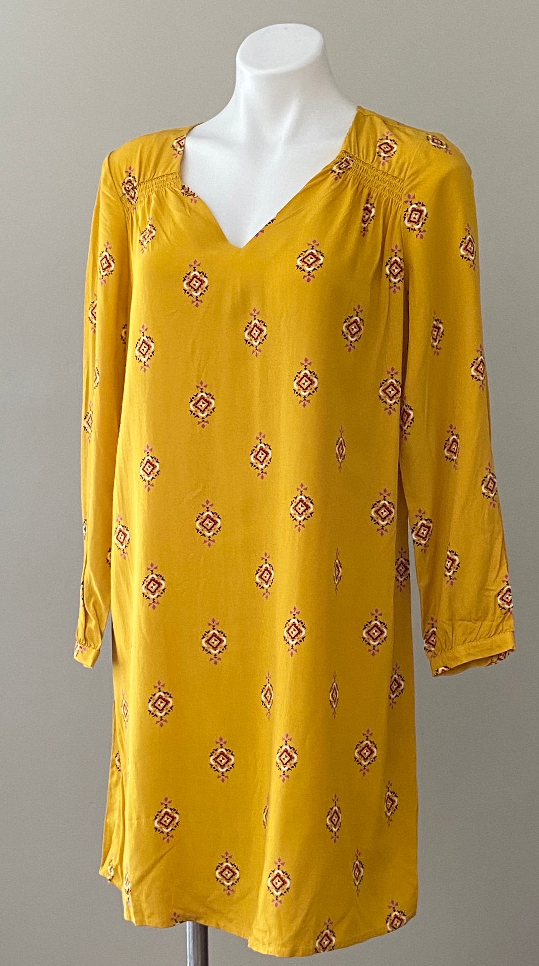 OLD NAVY bright spring yellow print shift dress