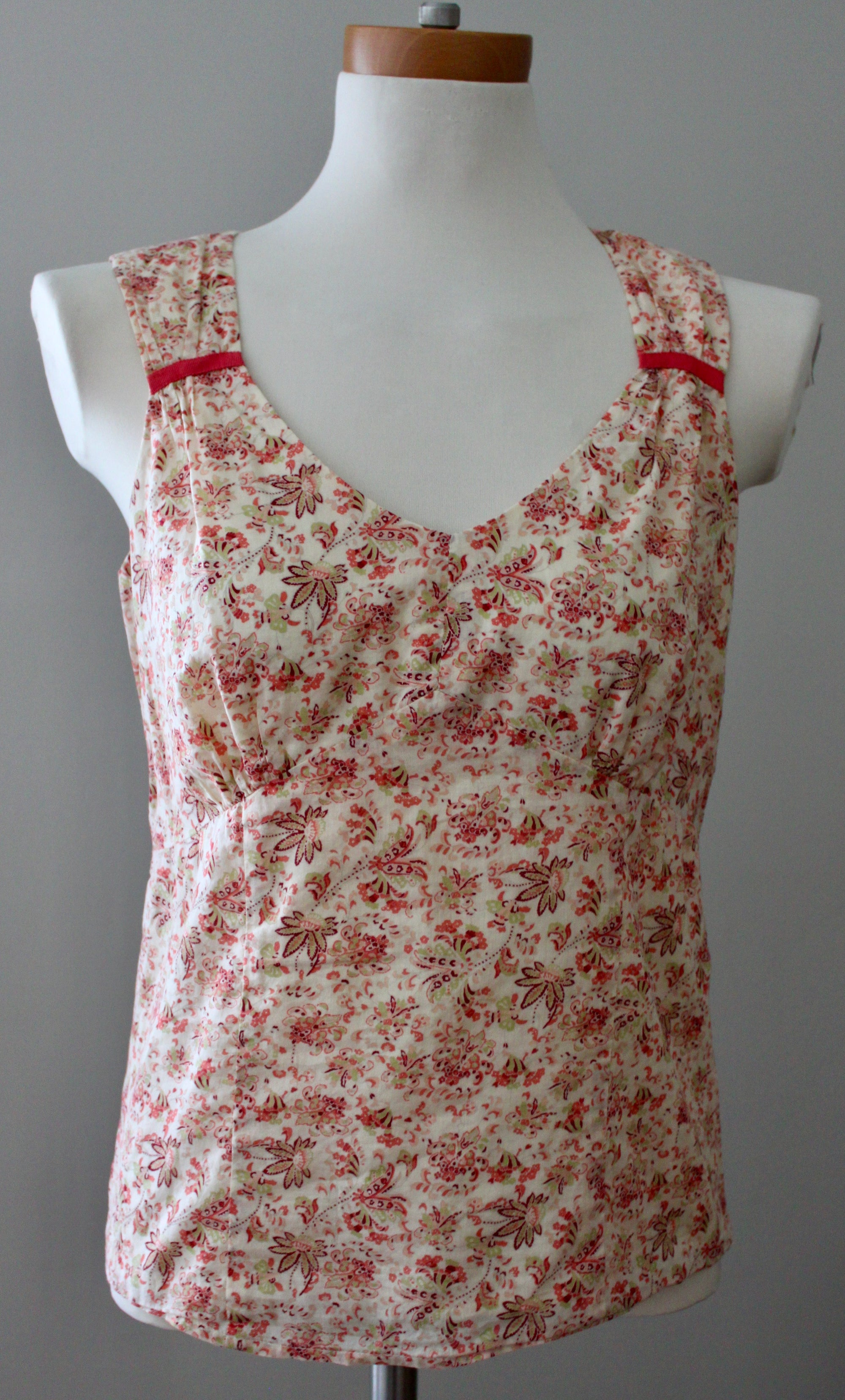 ANN TAYLOR Dark Autumn floral sleeveless blouse