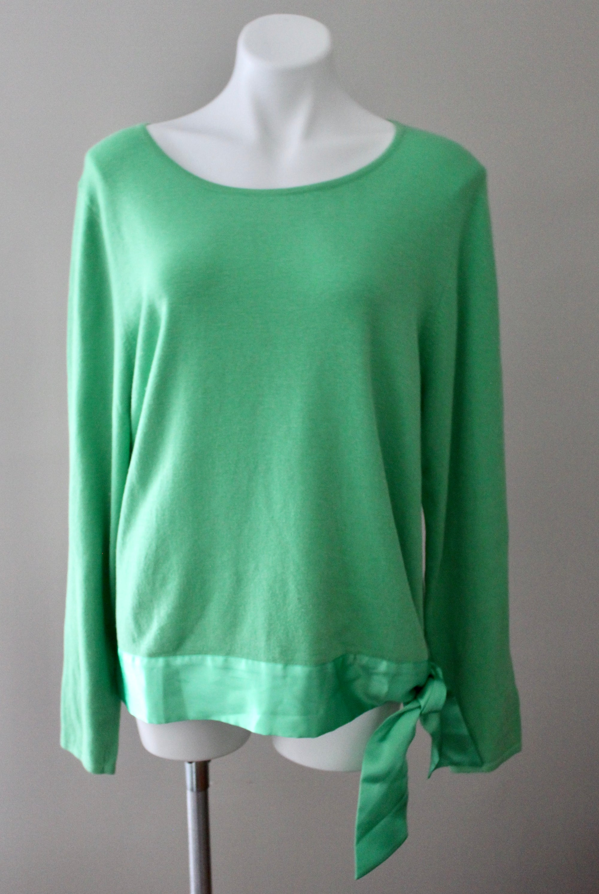 DU JOUR Bright Spring green sash sweater
