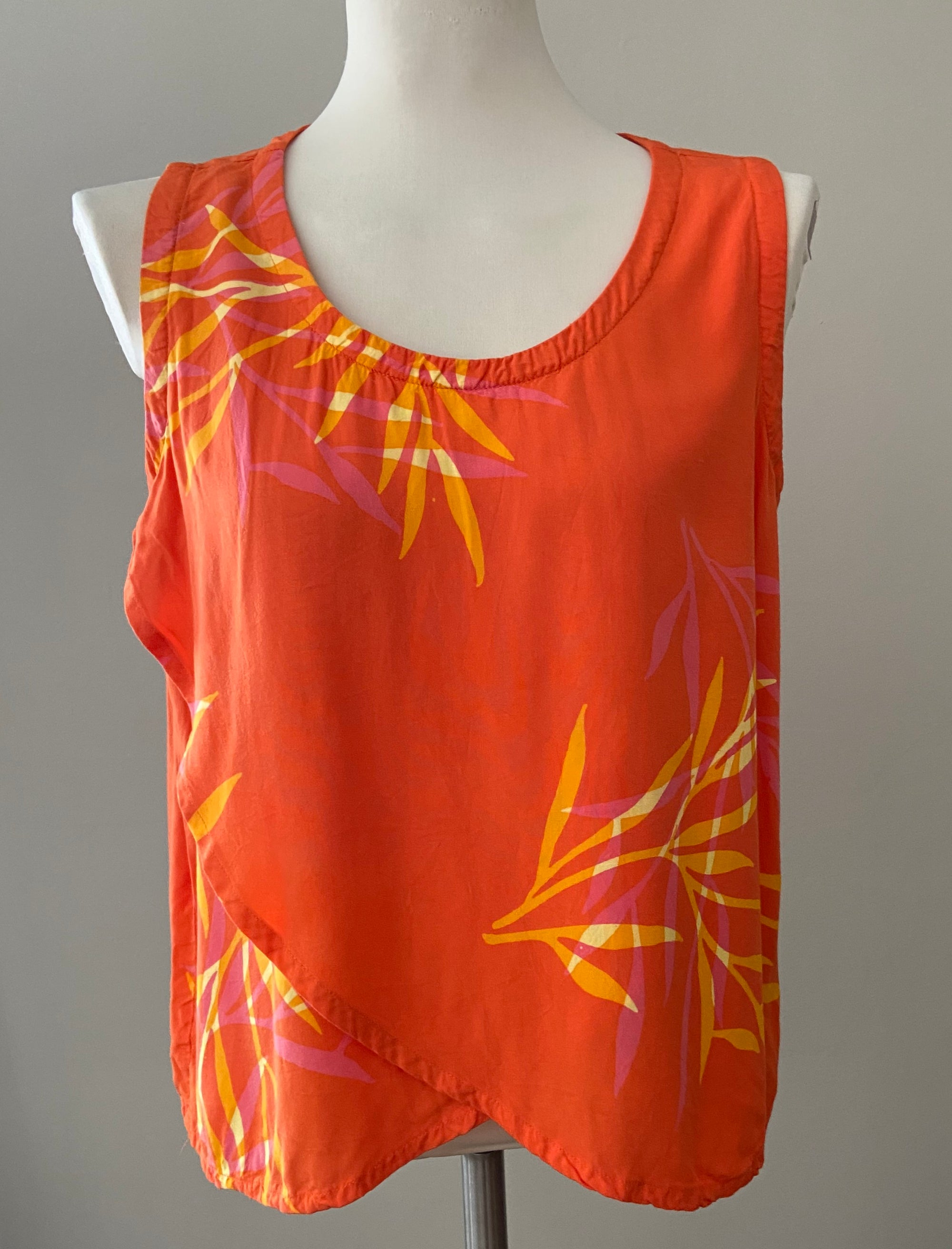 DEL SOLE bright spring orange tropical print sleeveless top