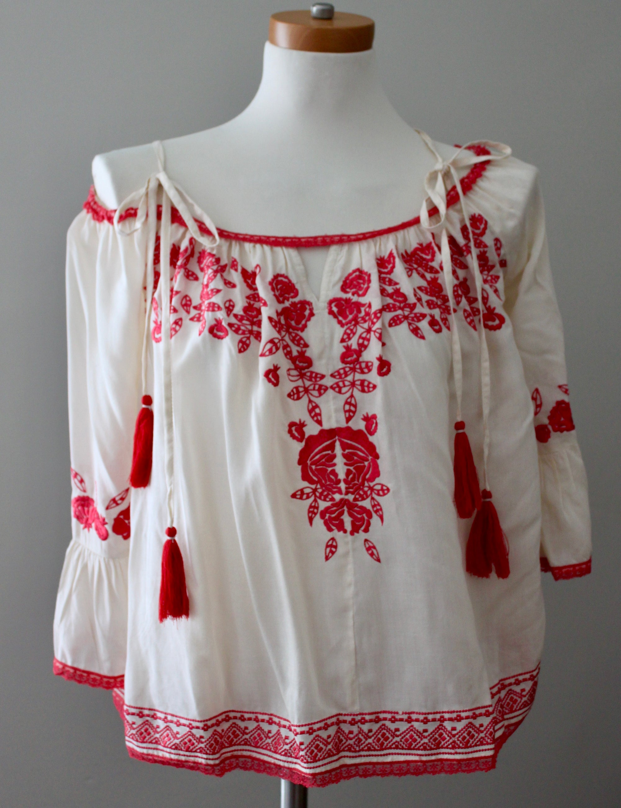 LOVE SAM for ANTHROPOLOGIE embroidered boho blouse top