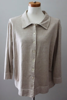 JENNY Soft Autumn gray beige oversized button top