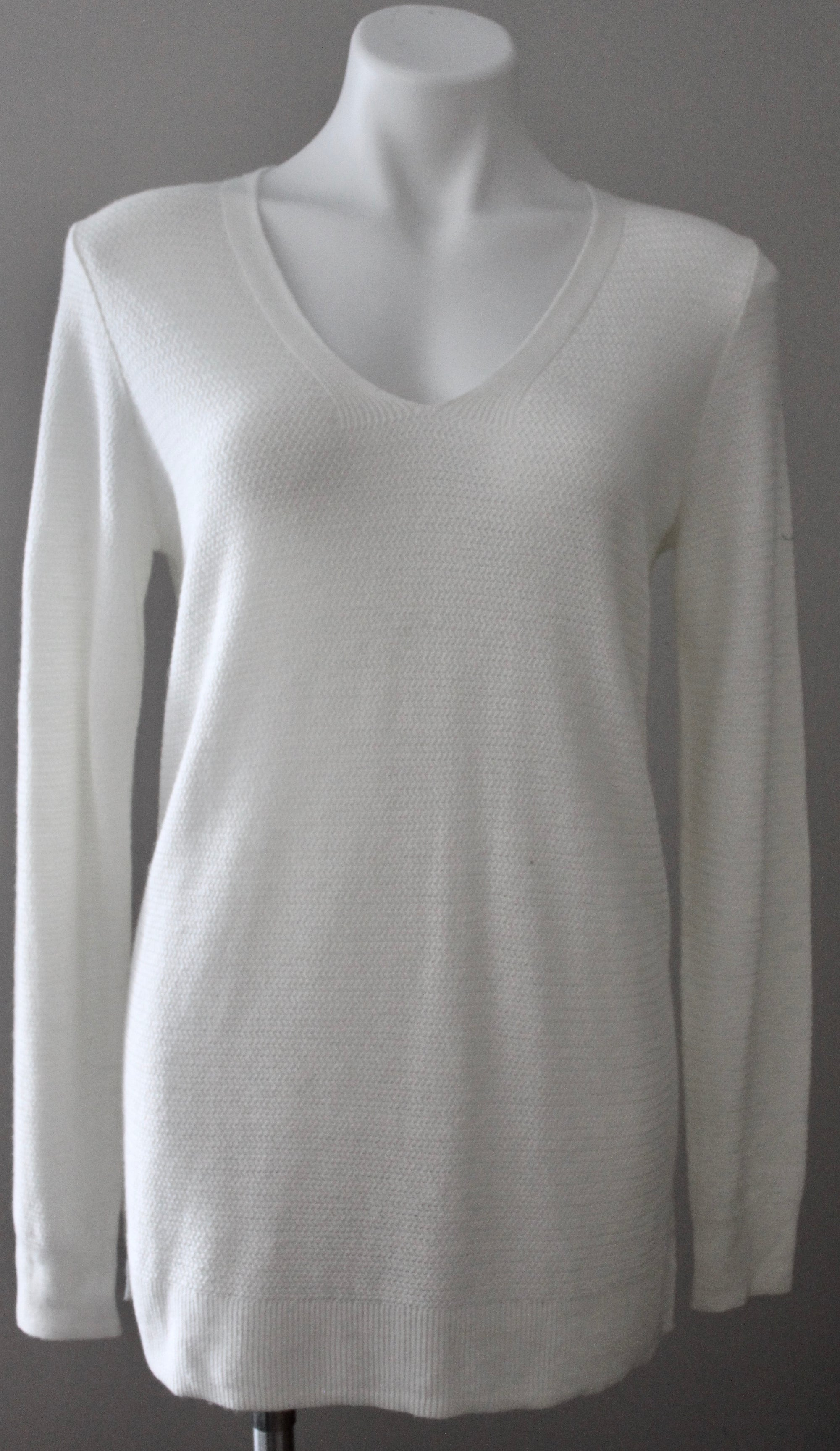 Bright Spring Ivory V-neck Sweater