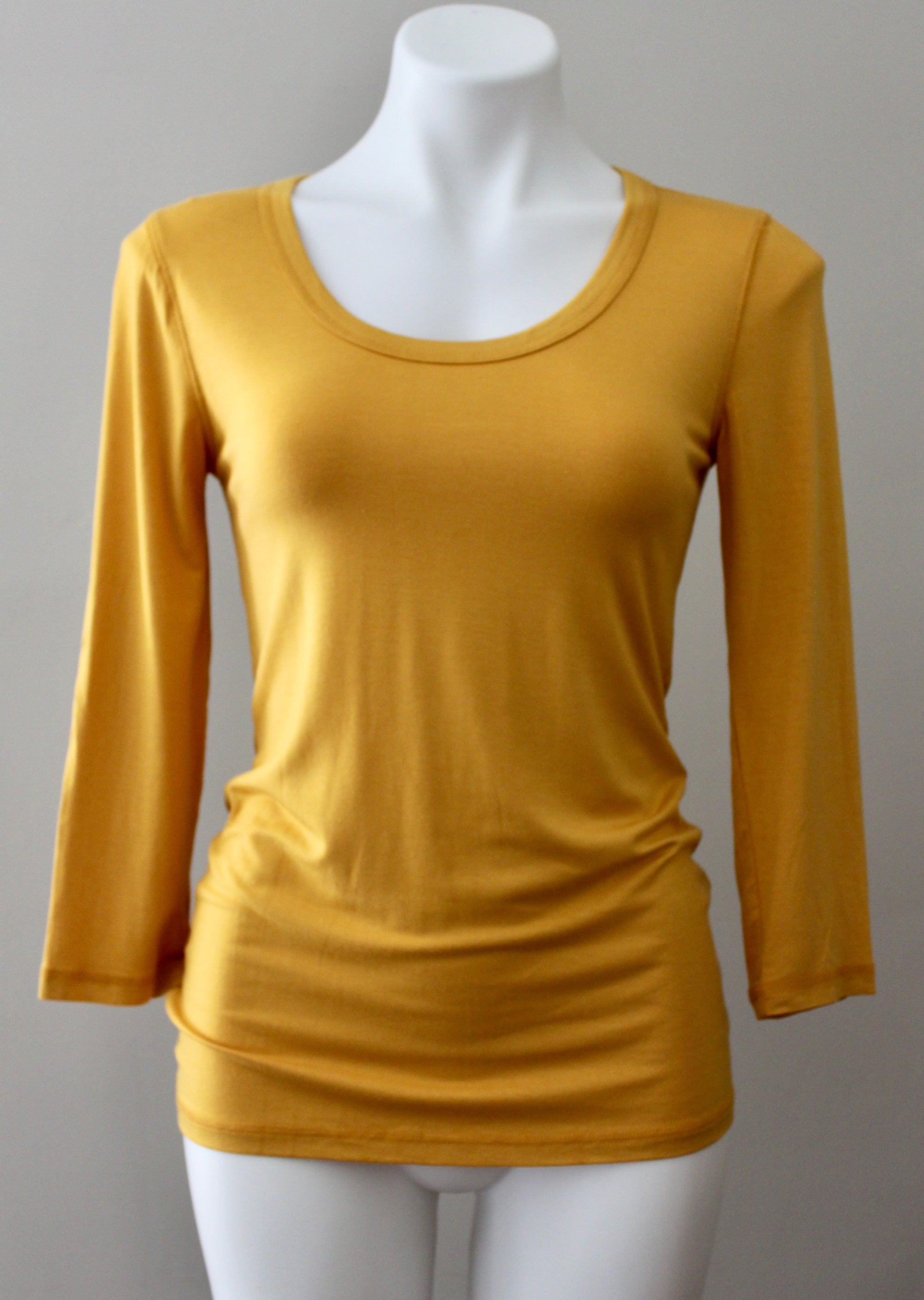 CUPIO Bright Spring gold t-shirt top