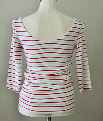 GAP Bright Winter ballet back striped tee backe