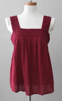 OLD NAVY Dark Winter garnet top