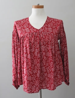 OLD NAVY Dark Winter cranberry leaf Boho print top