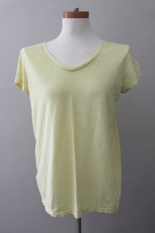 ANN TAYLOR LOFT Cool Summer lemon tee