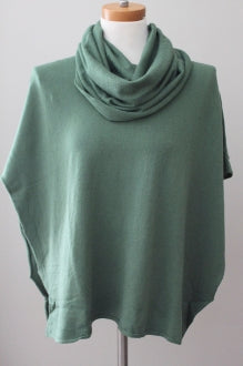 WOVEN HEART Soft Autumn olive poncho