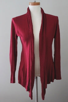 ANGEL OF THE NORTH for ANTHROPOLOGIE Dark Autumn raspberry cardigan