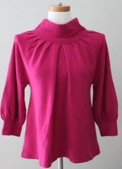 NEIMAN MARCUS cool winter ruby cashmere sweater