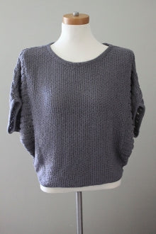 GAP Light Summer slate sweater
