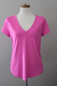 GAP bright winter pink tee