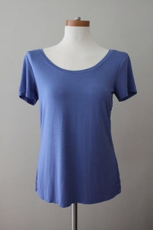 CABLE & GAUGE Cool Summer wild bluebell top