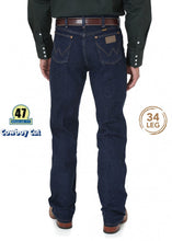 Load image into Gallery viewer, Wrangler Cowboy Cut Stretch Jean