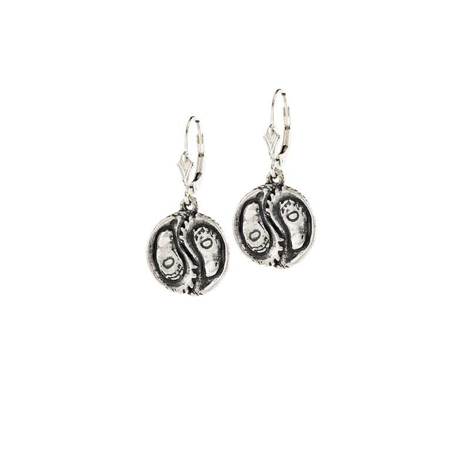 Oyster Balance Earrings