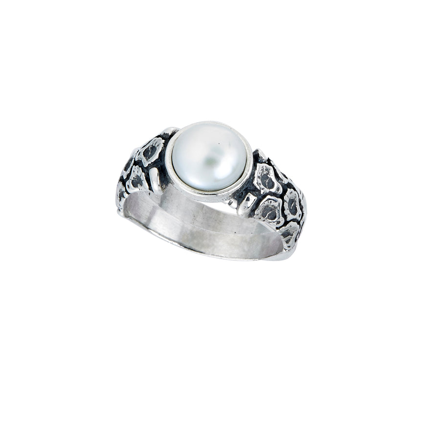 Coquille Pearl Ring