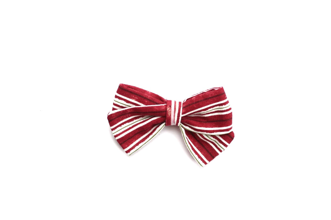 Classic Bow // Candy Cane Stripe - Knots and Dots