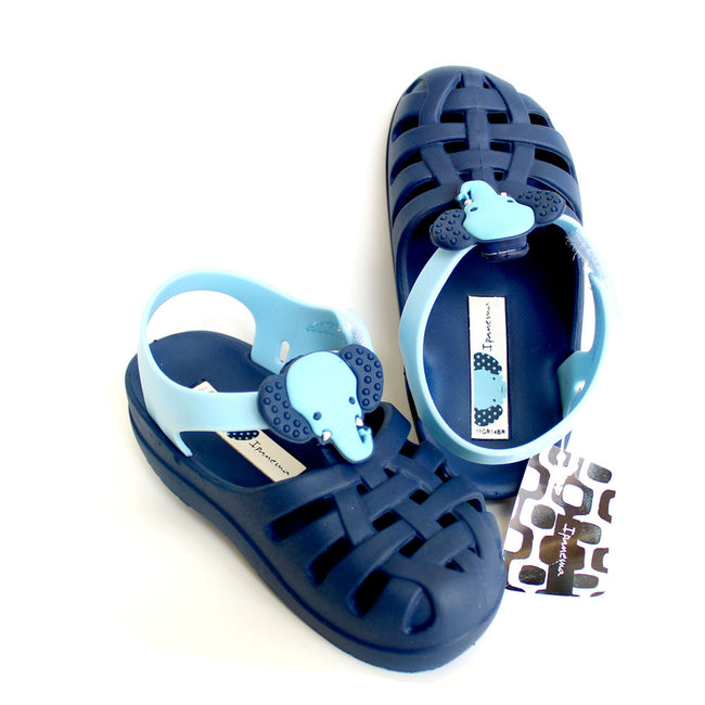 Ipanema Unisex Closed Toe Elephant Sandal