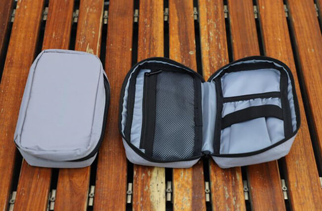 Nayo Smart additional toiletry and accessory bag