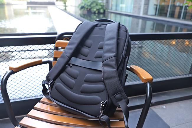 Ergonomics Design of Nayo Acme Laptop Backpack