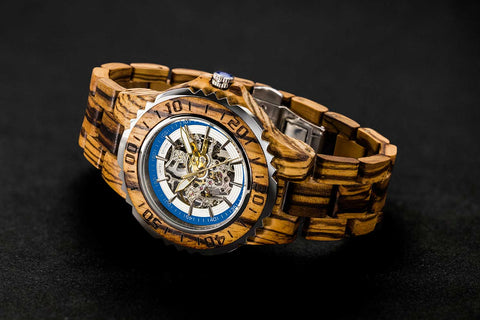 wooden watches, men's watches, wooden watches. This is a fabulous design of a mechanical men's wood watch. It is a combination of metal and wood. You can feel the beautiful design of the mechanics embedded in the heart of each watch. Every piece of gear is installed by hand and is precisely tested by our fully trained mechanics.