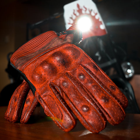 Downey Retro Glove