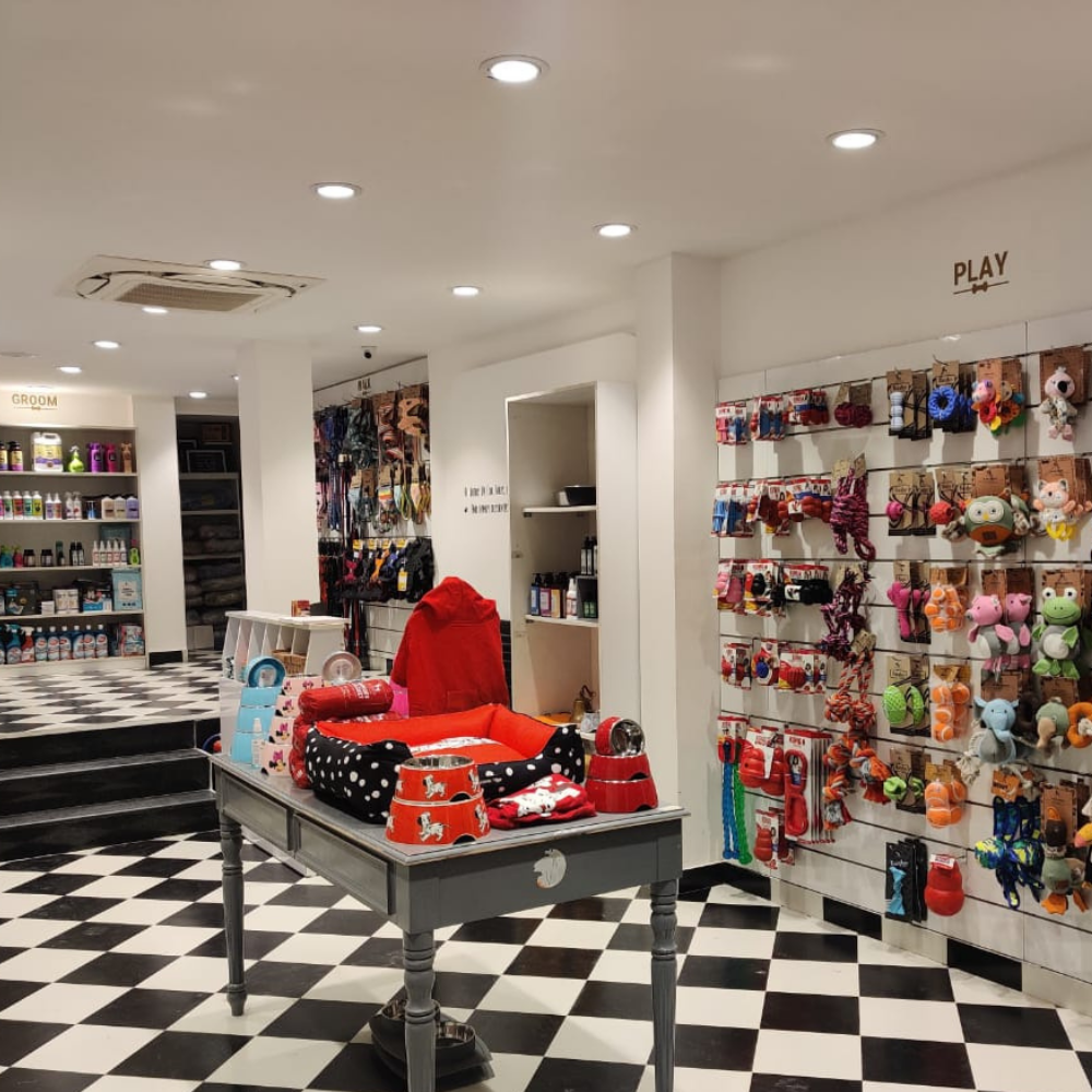 Pet Supply Store Greater Kailash