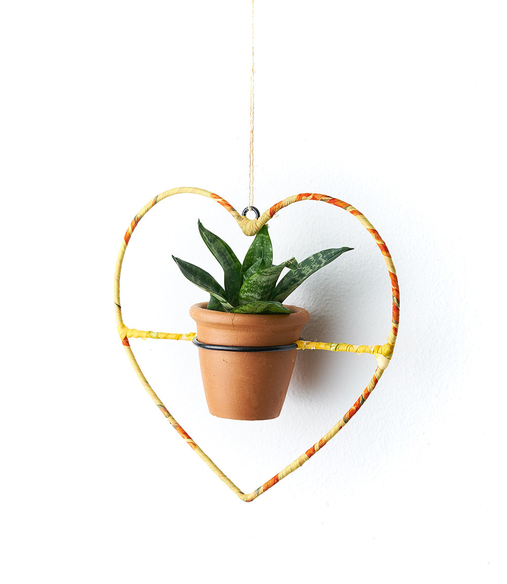 Sari Air Element Planter - Heart - Pot & Frame