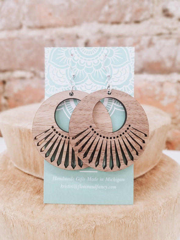 Sweet Seventies Circle Wooden Earrings