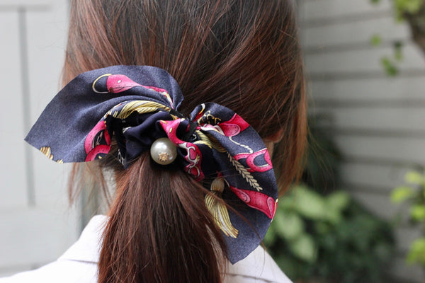 Purple Short Hair Tie with Pearl
