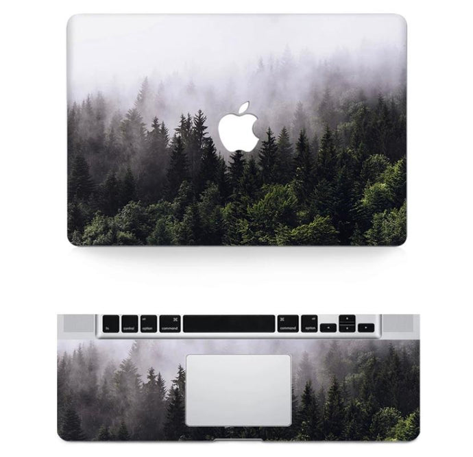 Funda de bosque con niebla para MacBook
