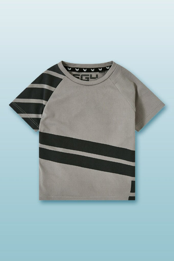 grey color round neck sports tee, boys tee, with asymmetrical black print in front and in right arm