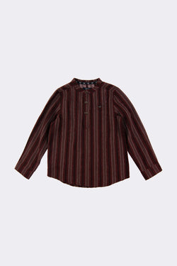 Long sleeve burgundy shirt with front button opening