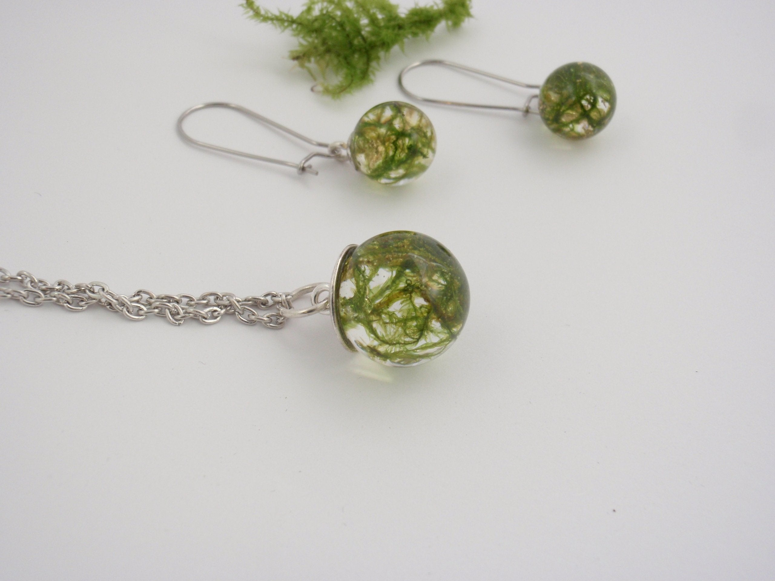 Real moss necklace and earrings set - moss from Slovenian forests