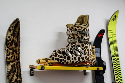 ENE-trends-cheetah-everything-skies-boots-hashion