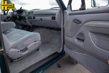 Load image into Gallery viewer, 1996 Ford F250 Extended Cab Long Bed Diesel Truck