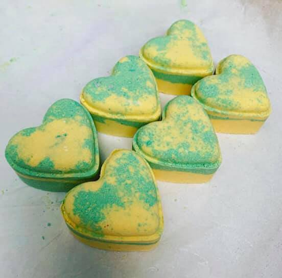 Bubblegum Love Heart Bath Bomb
